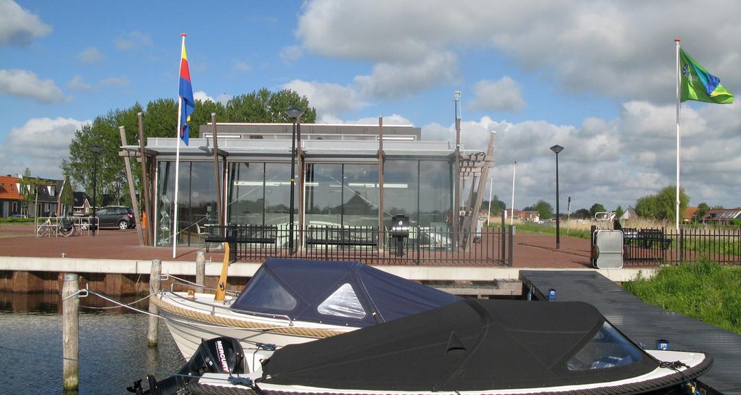 Een mooie blik op ons havengebouw!
